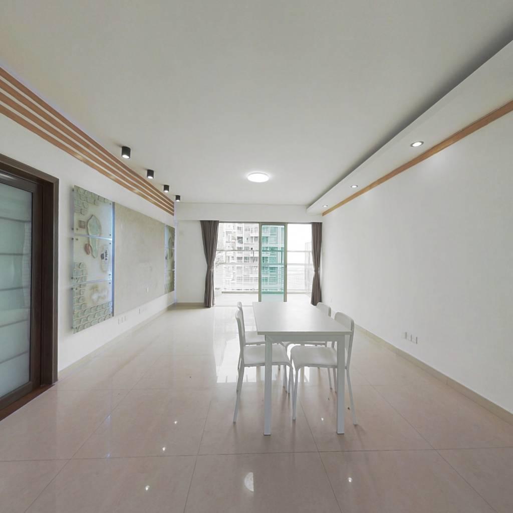 合租·天悦龙庭二期 5室1厅 东北卧室图
