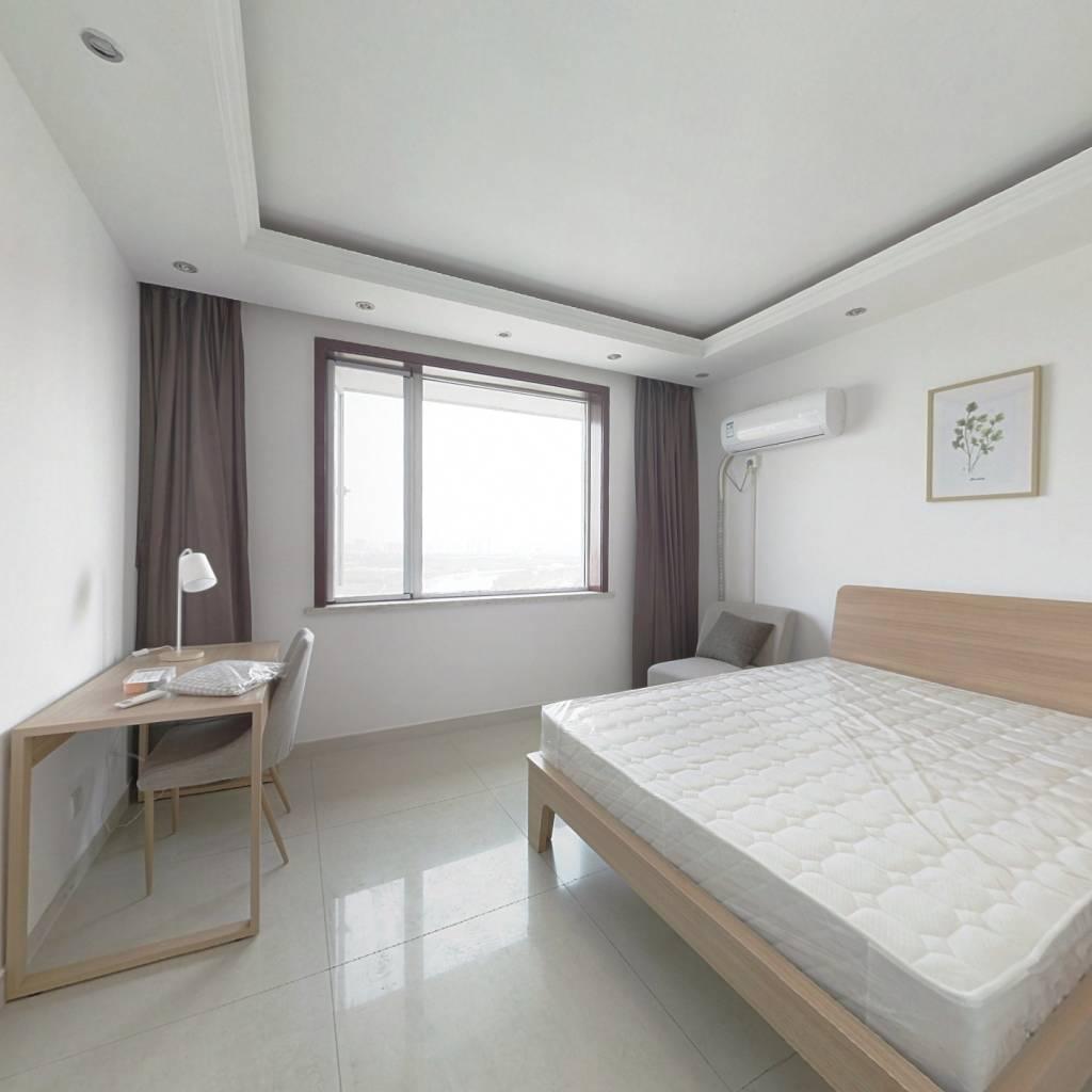 合租·泰和佳园 3室1厅 东南卧室图