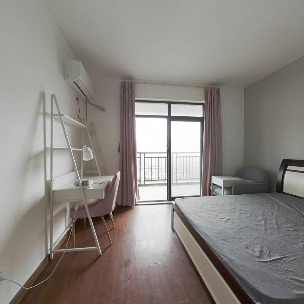 合租·盛世嘉园 5室1厅 南卧室图