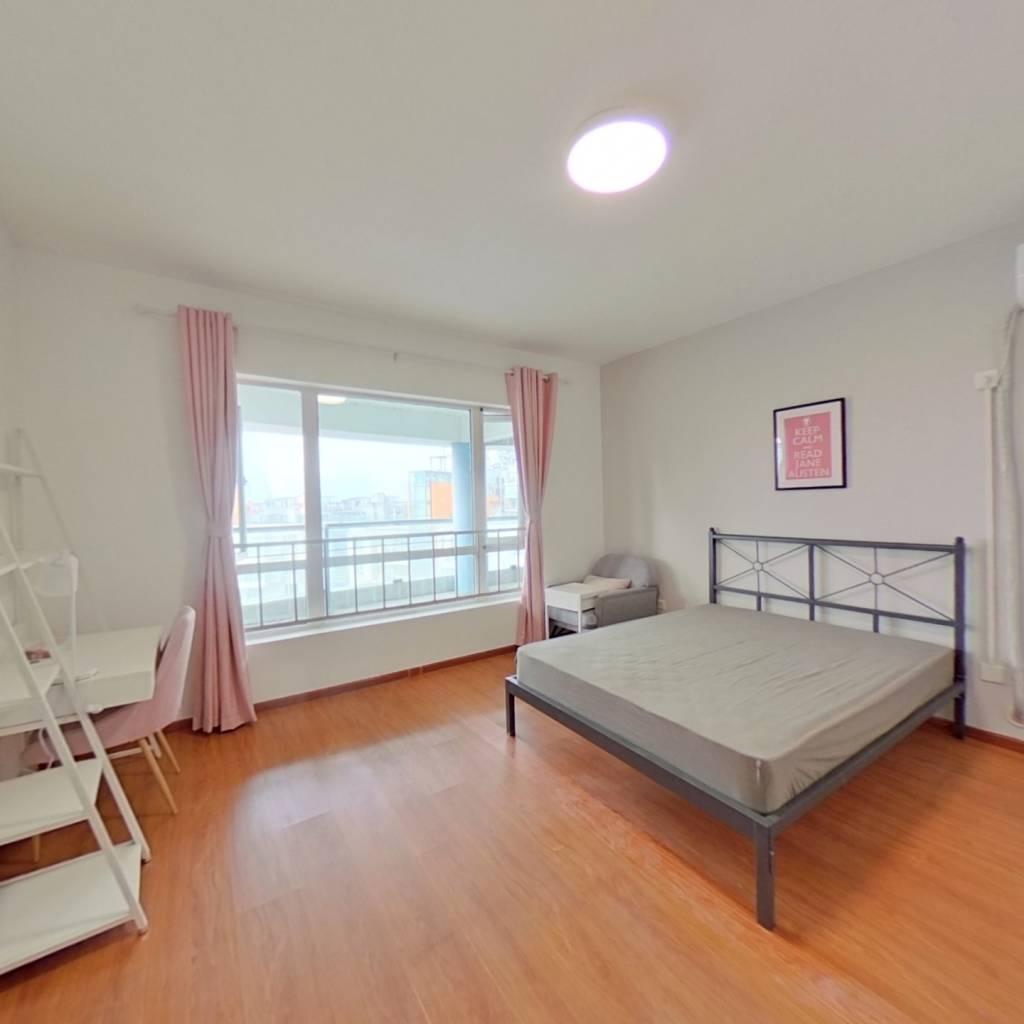 合租·远大都市风景三期 4室1厅 北卧室图