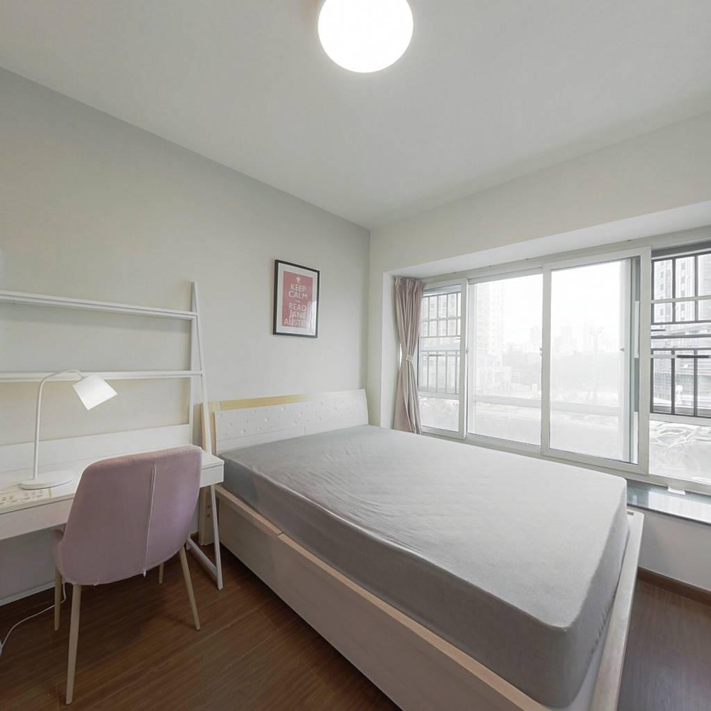 合租·百富大厦南山区 3室1厅 东卧室图