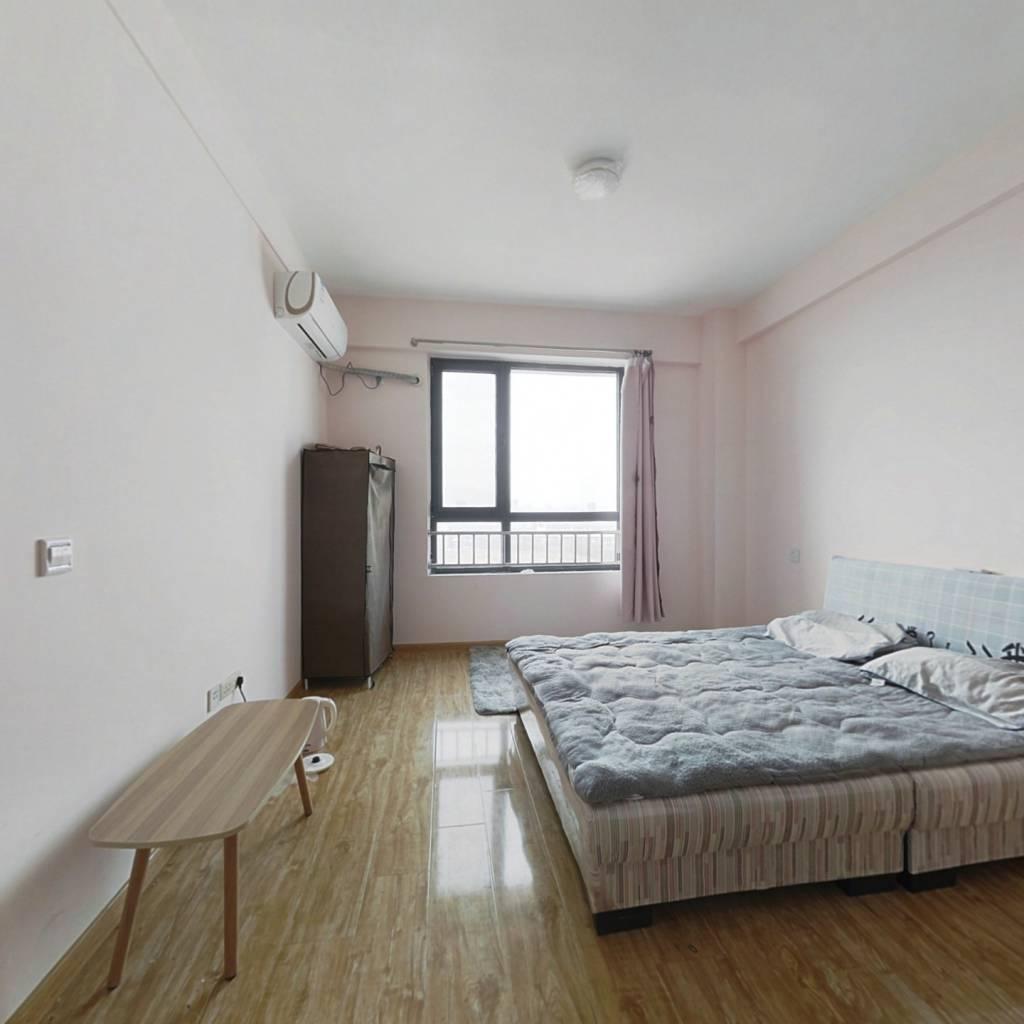 丰和广场公寓 总价低 邻近国学公园 交通方便