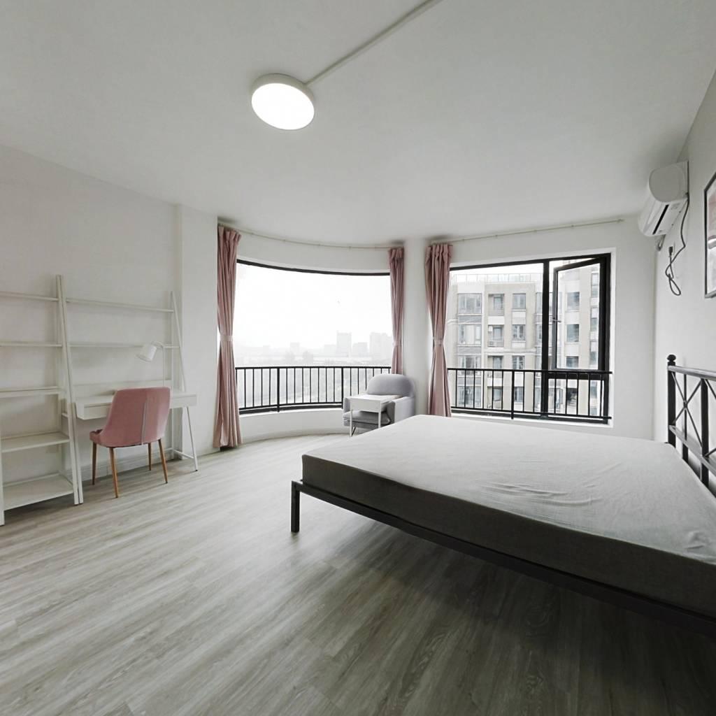 合租·贺田尚城 5室1厅 北卧室图