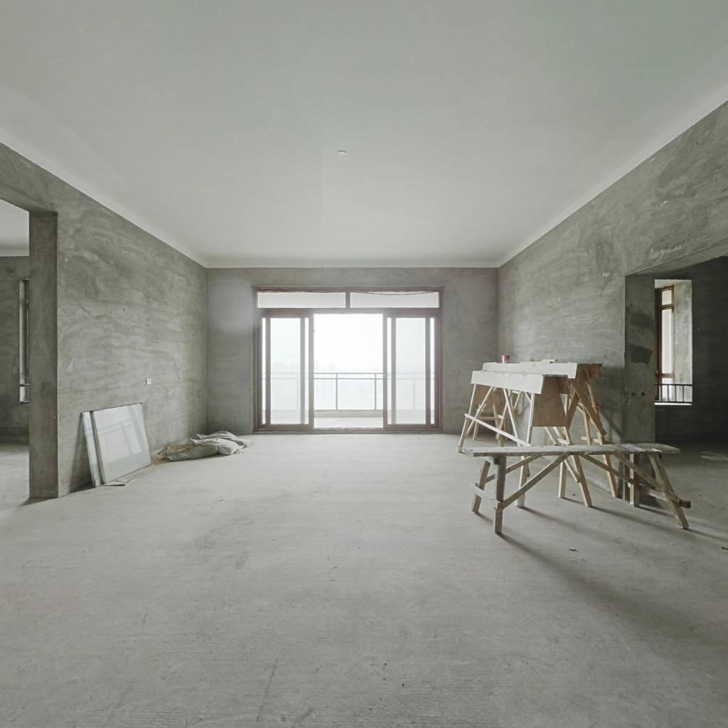 高新区次新小区华城花园6室2厅4卫大平层