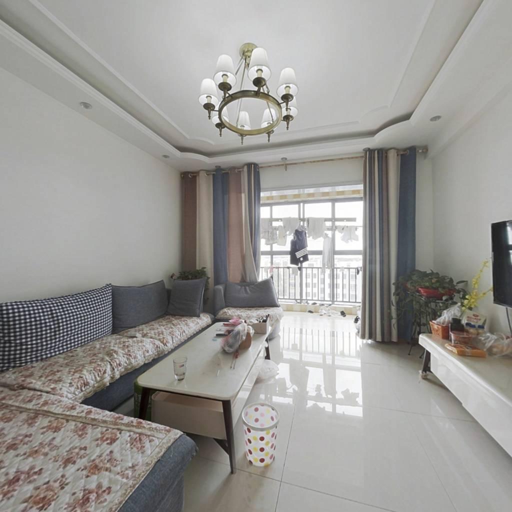 金域国际  小三室   次顶楼洋房    房东诚意出售