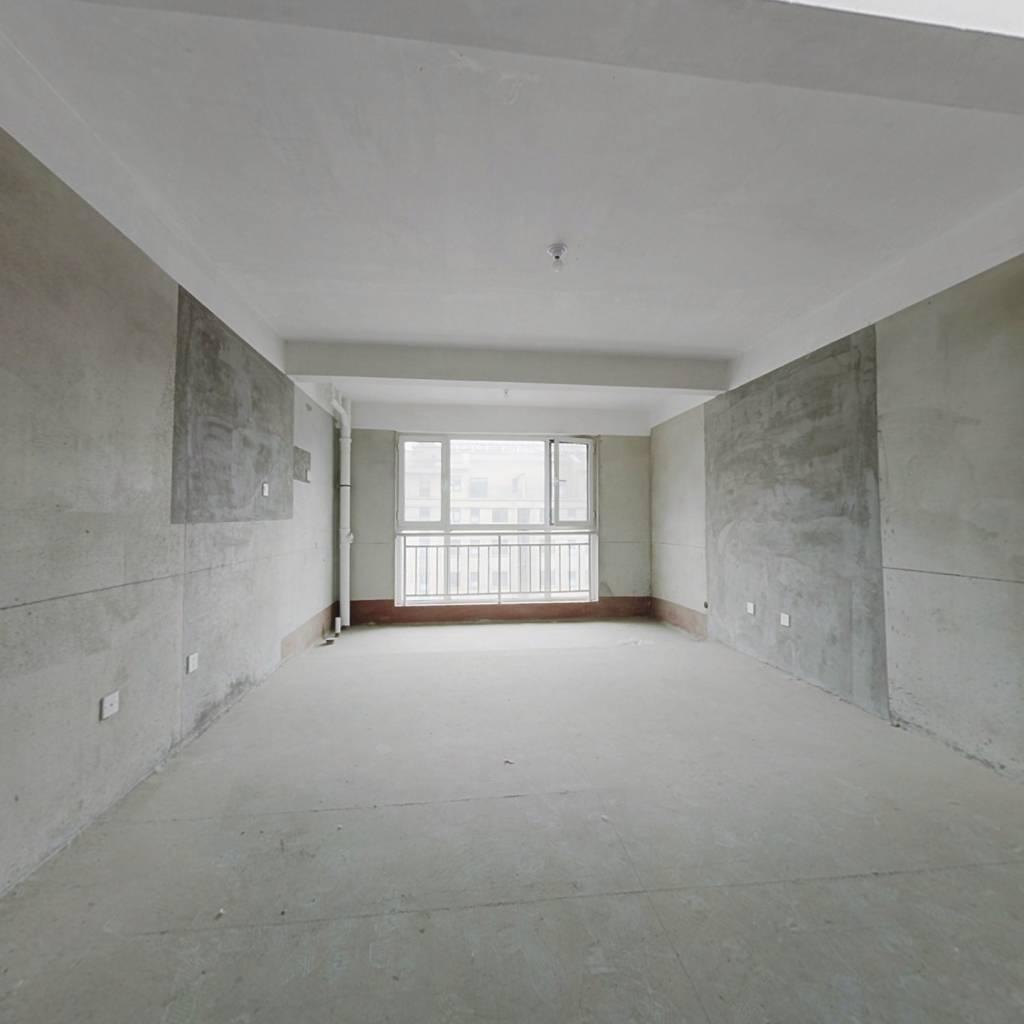 迪尚学府  上学方便 五加一电梯洋房