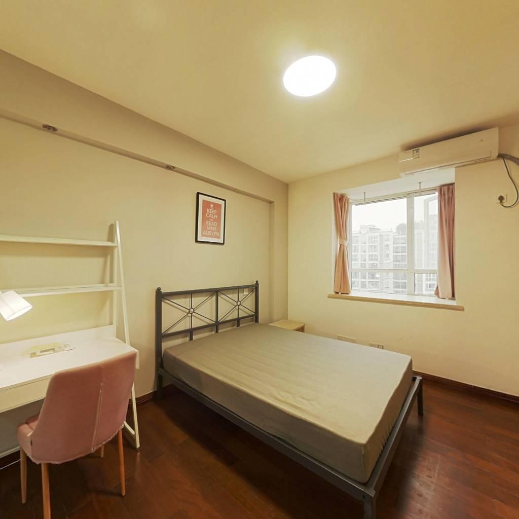 合租·兴元华盛二期 4室1厅 北卧室图