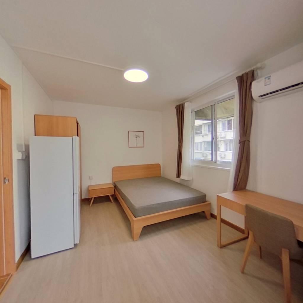 整租·张家浜小区 1室1厅 东北卧室图