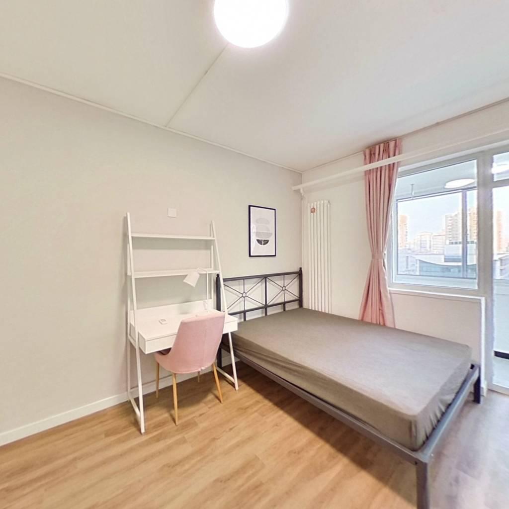 合租·潘家园小区 3室1厅 西卧室图