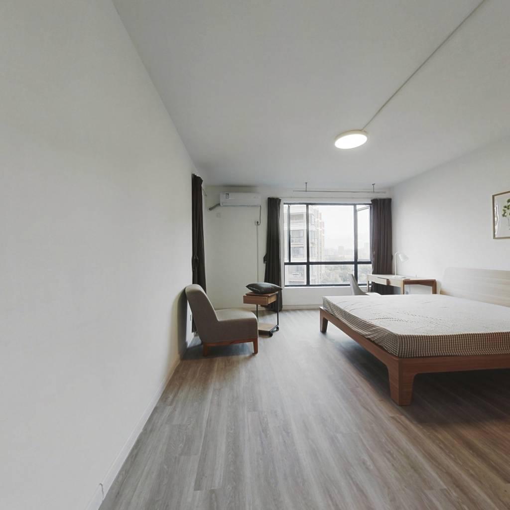 合租·白金海岸 4室1厅 南卧室图