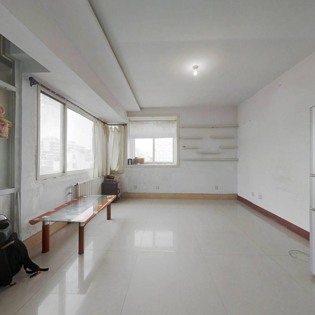 旭洋·阳光花园 2室1厅 南