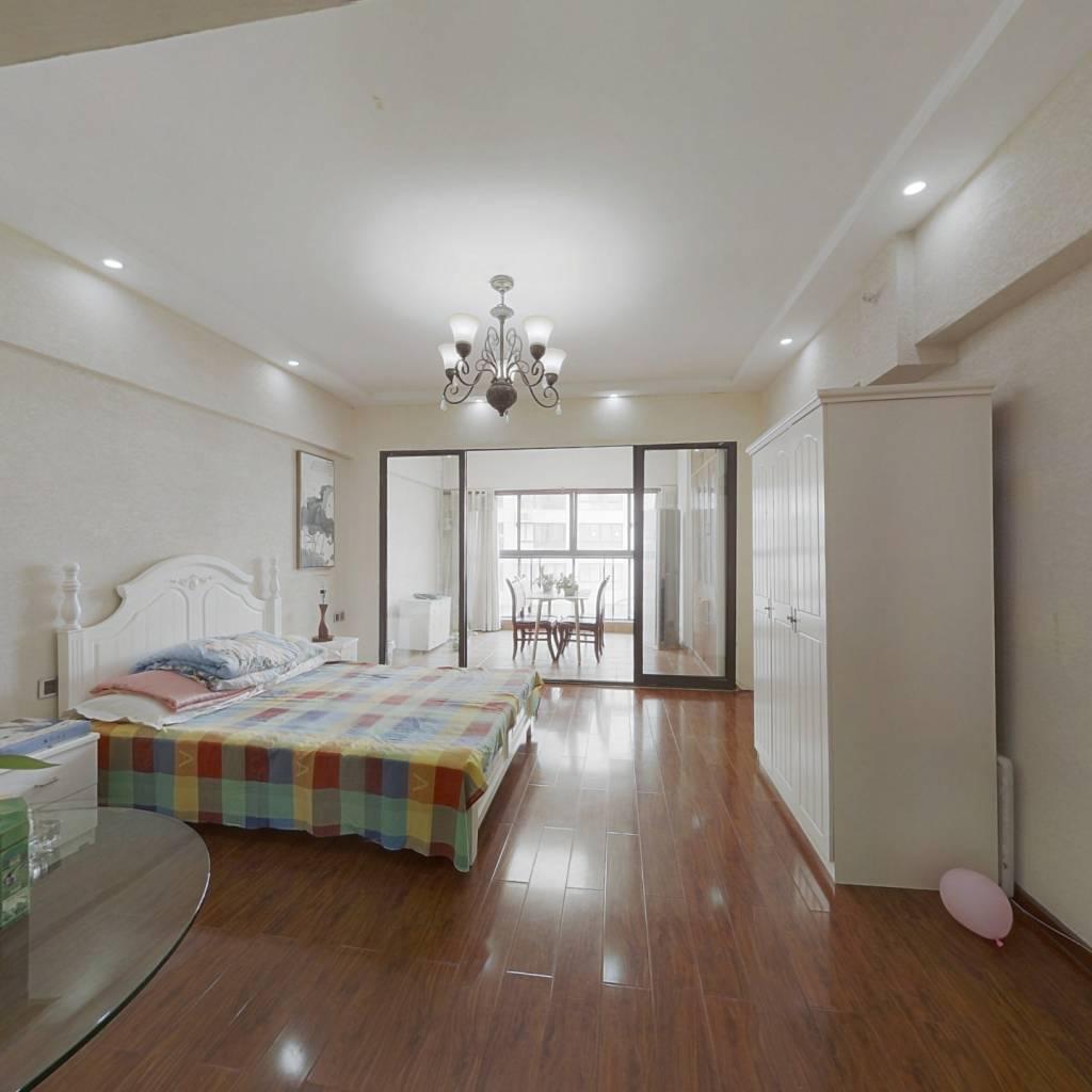 整租·重庆湾1号 1室1厅 东