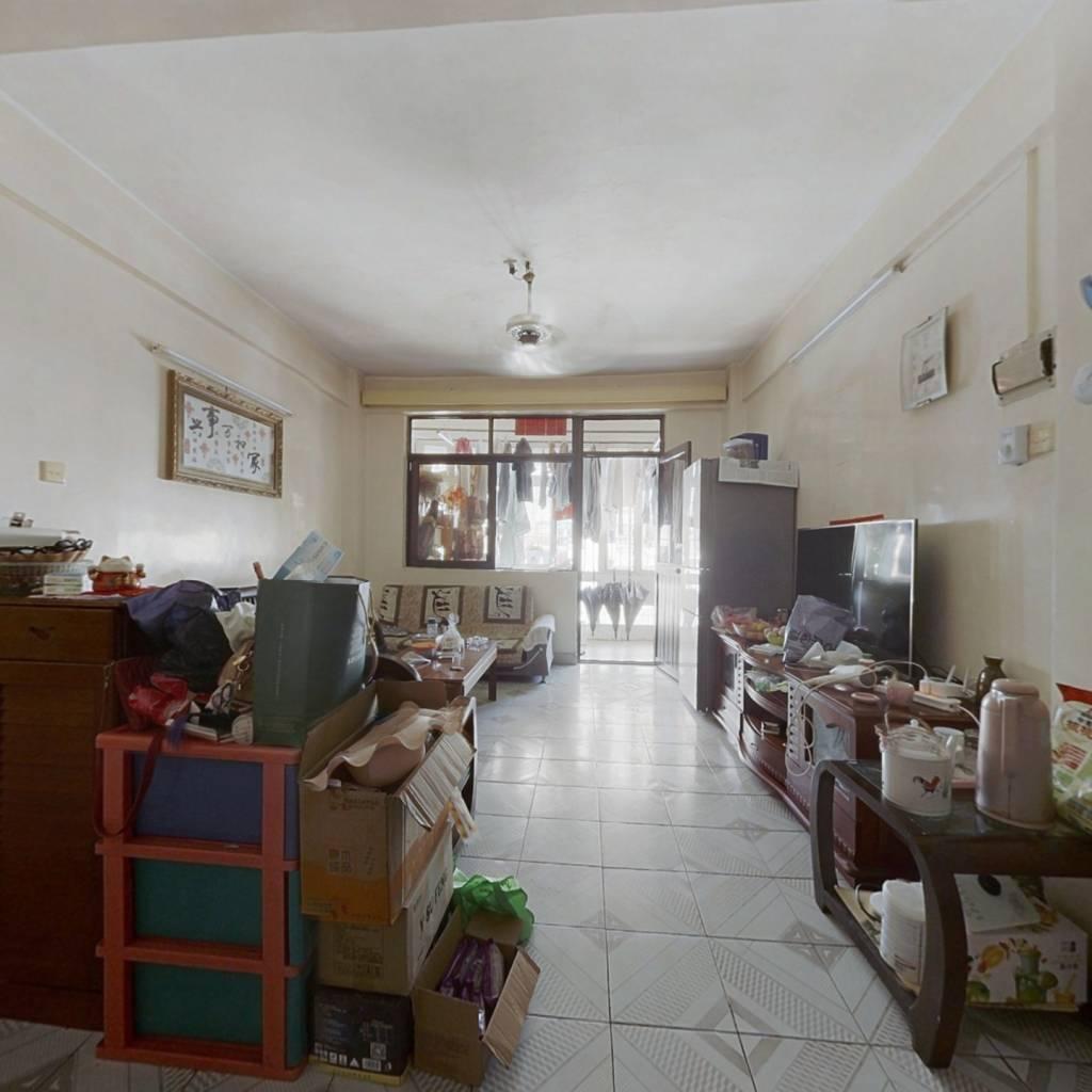 红本在本,满五唯一,本房105平米,标准大三房。