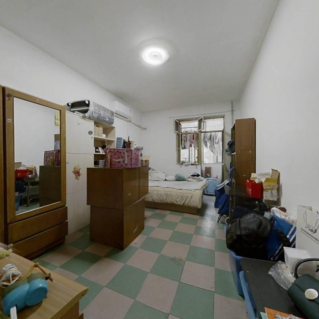 农科院 3室1厅 800万