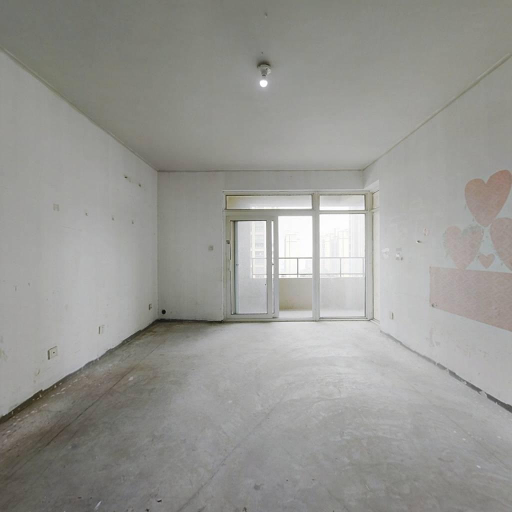房屋满五年不唯一 户型方正通透 高楼层 采光充足