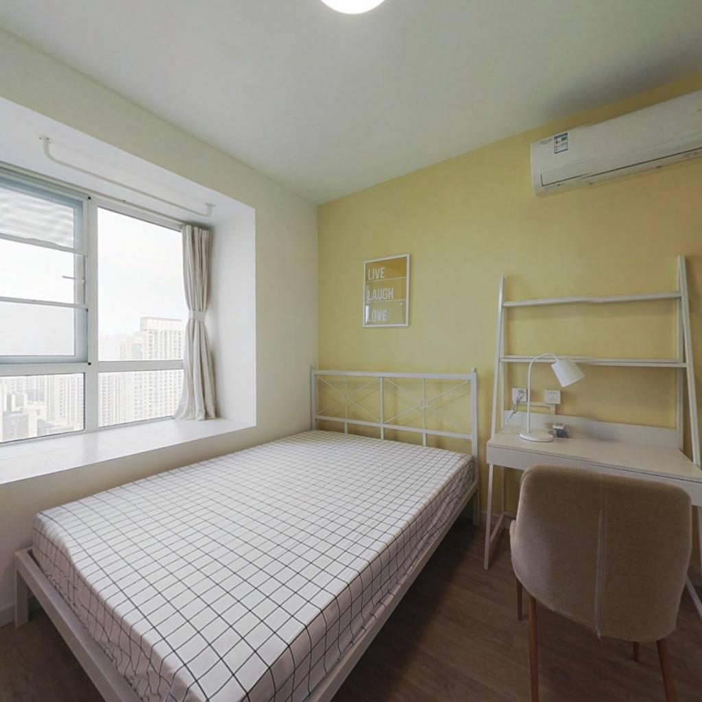 合租·百瑞景中央生活区四期 4室1厅 南卧室图
