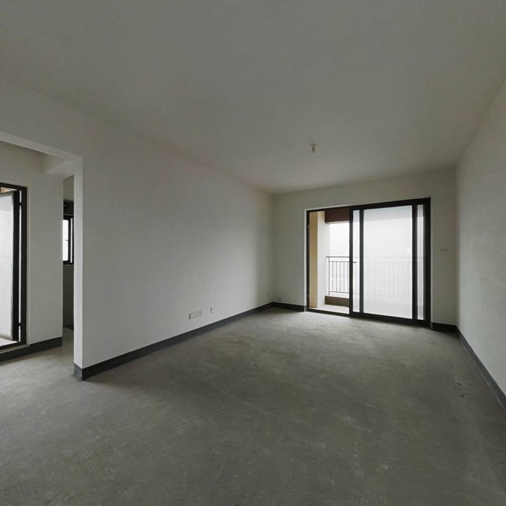 整租·龙湖U城九组团 3室2厅 东南