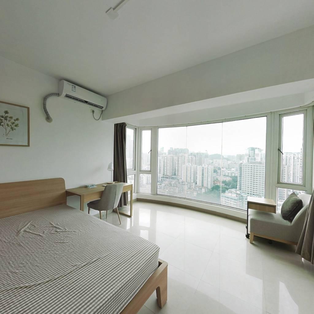 合租·枫丹雅筑 3室1厅 东卧室图