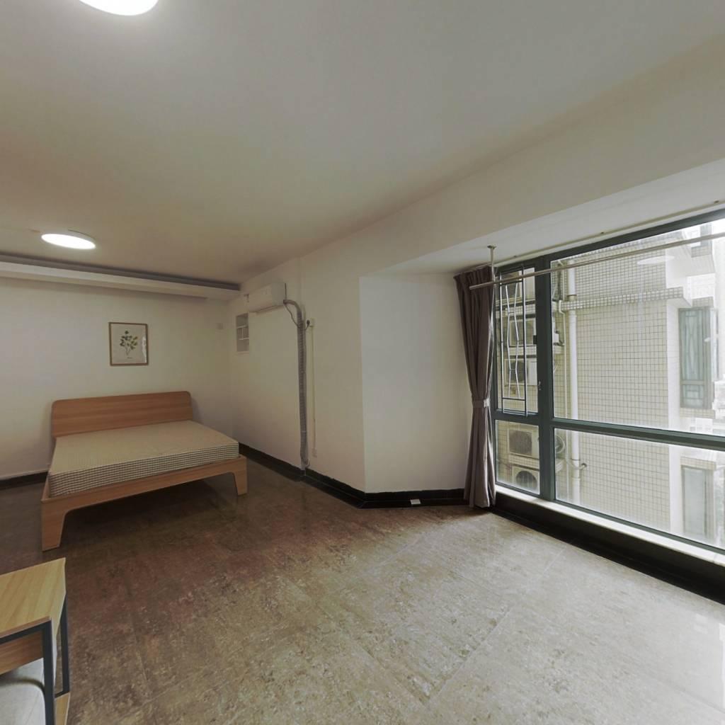 合租·星汇园 4室1厅 南卧室图