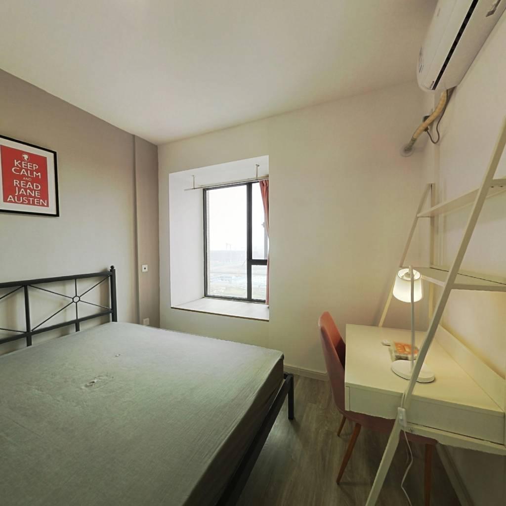 合租·光华欣苑 4室1厅 西卧室图