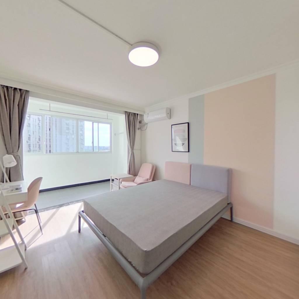 合租·龙柏易居公寓 3室1厅 南卧室图