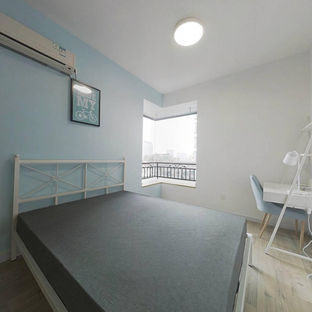 合租·现代城人民公园 3室1厅 西卧室图