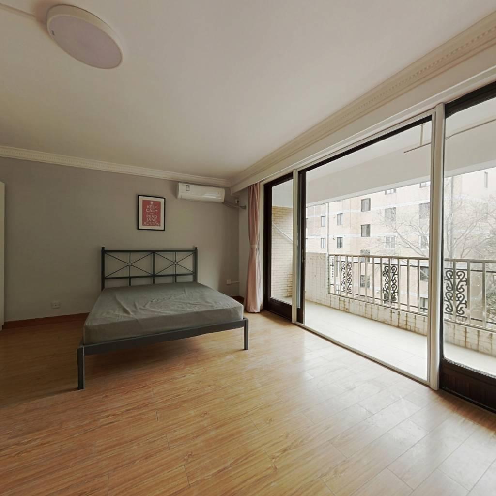 合租·华光花园 3室1厅 南卧室图