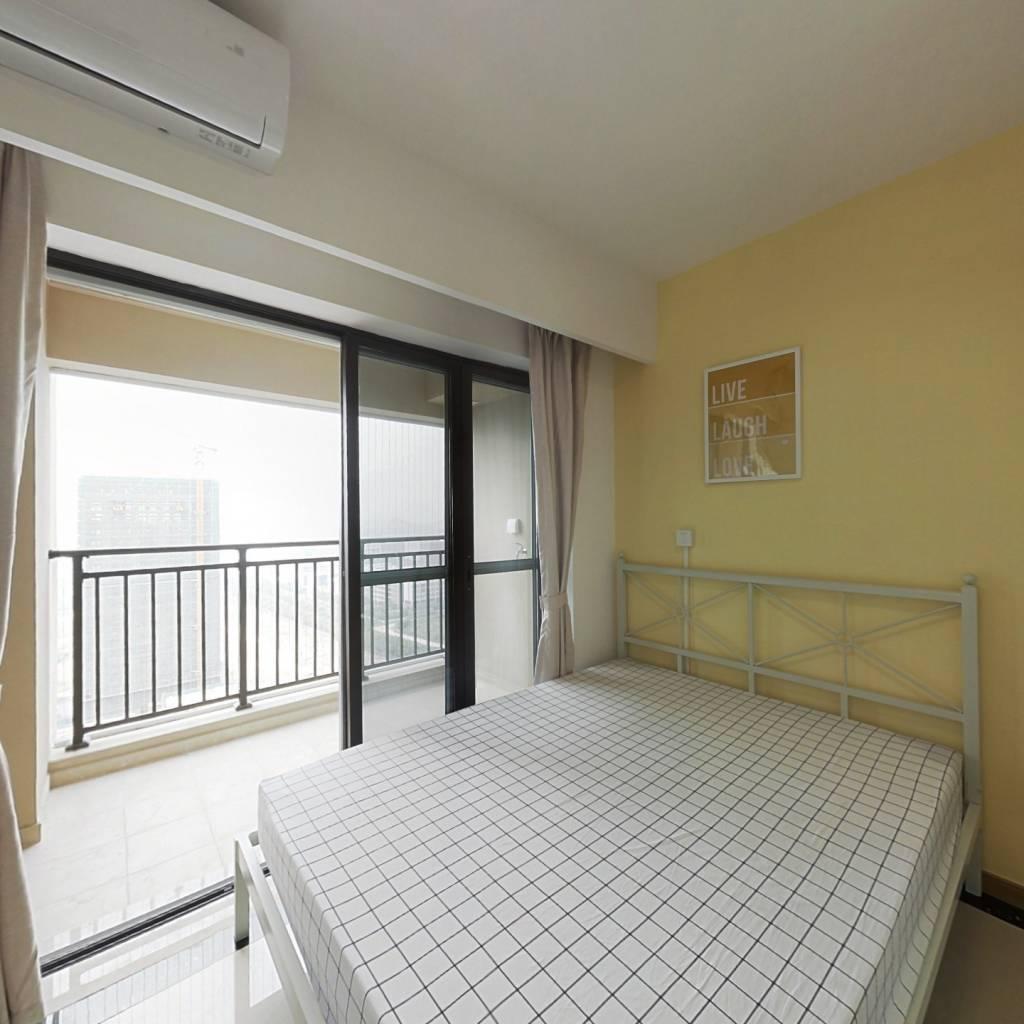 合租·亚运城天成 4室1厅 西卧室图