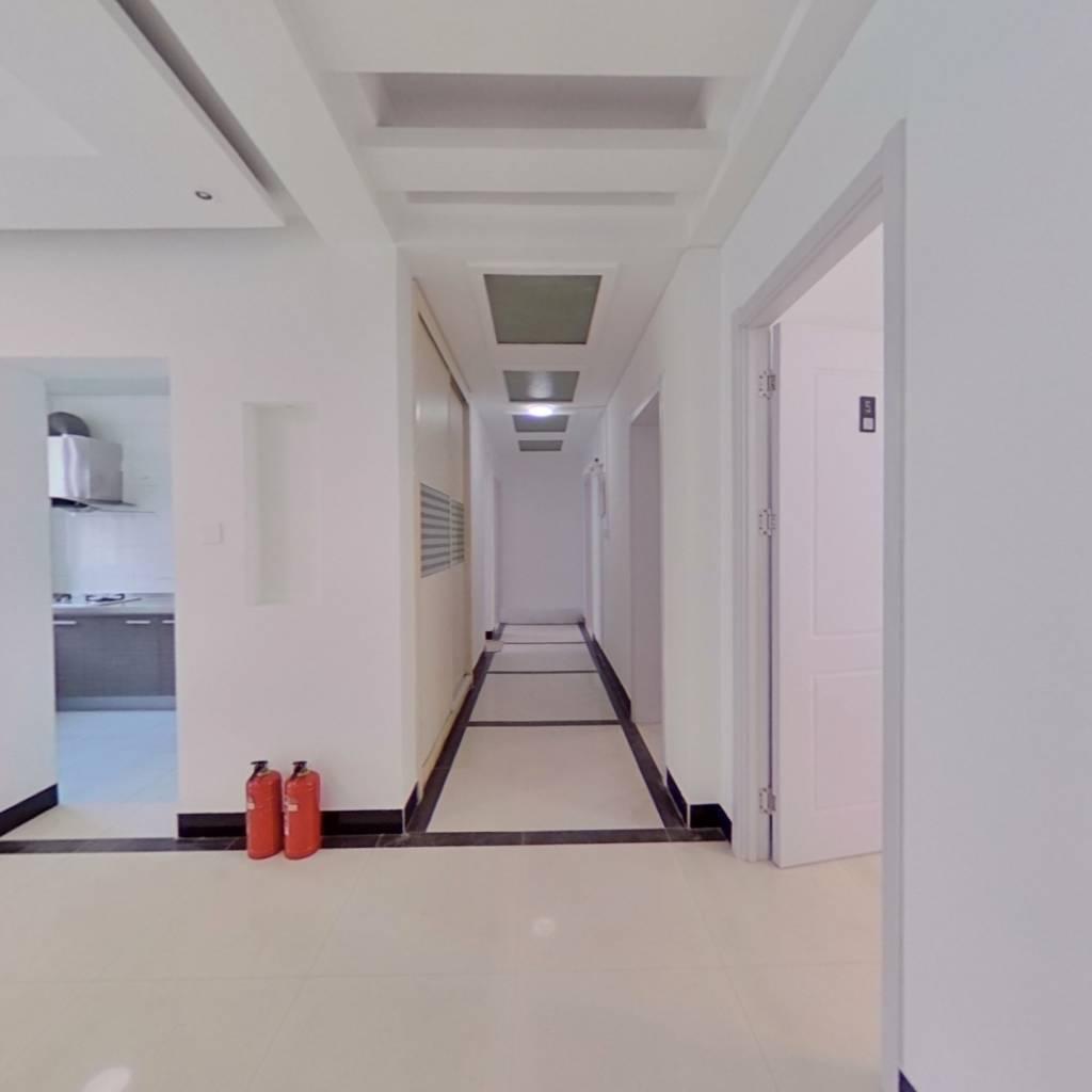 合租·当代曙光嘉园 4室1厅 南卧室图
