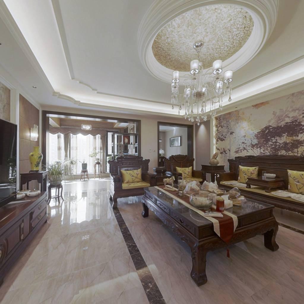 精装大平层中间好楼层带全屋实木家具诚心售看房方便