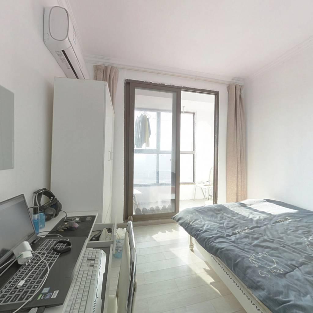 江悦城 刚需两房 毛坯 实际使用面积60左右,得房率高