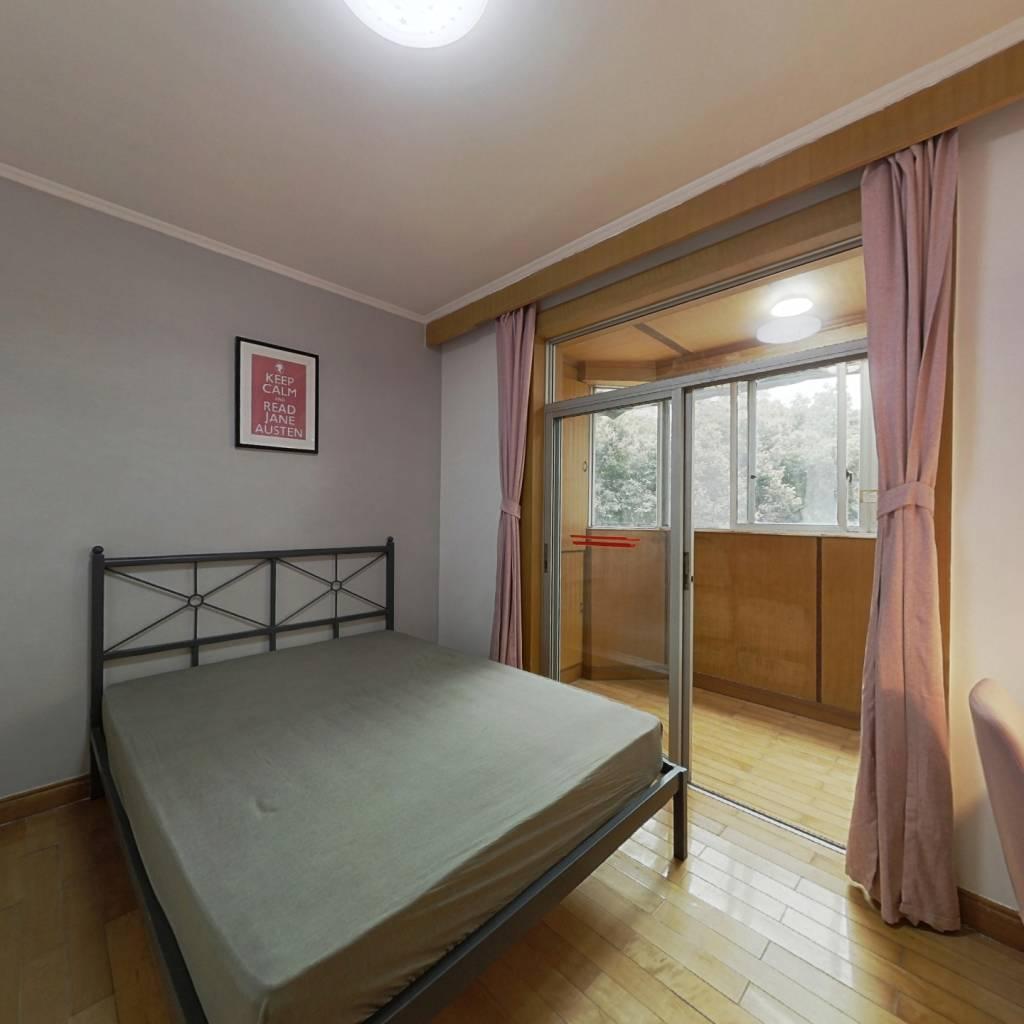 合租·金桔花园二期南苑 3室1厅 西卧室图