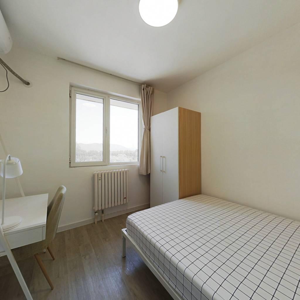 合租·门头馨园 3室1厅 南卧室图
