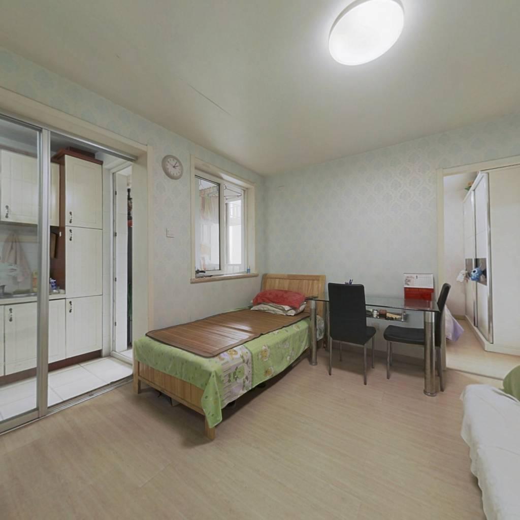 西城广安门 乐城 南向正规一居室