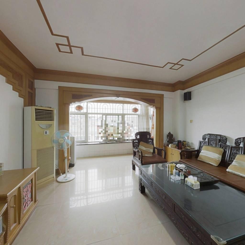 祥富佳园,高楼层,四房两厅,楼下有储藏间