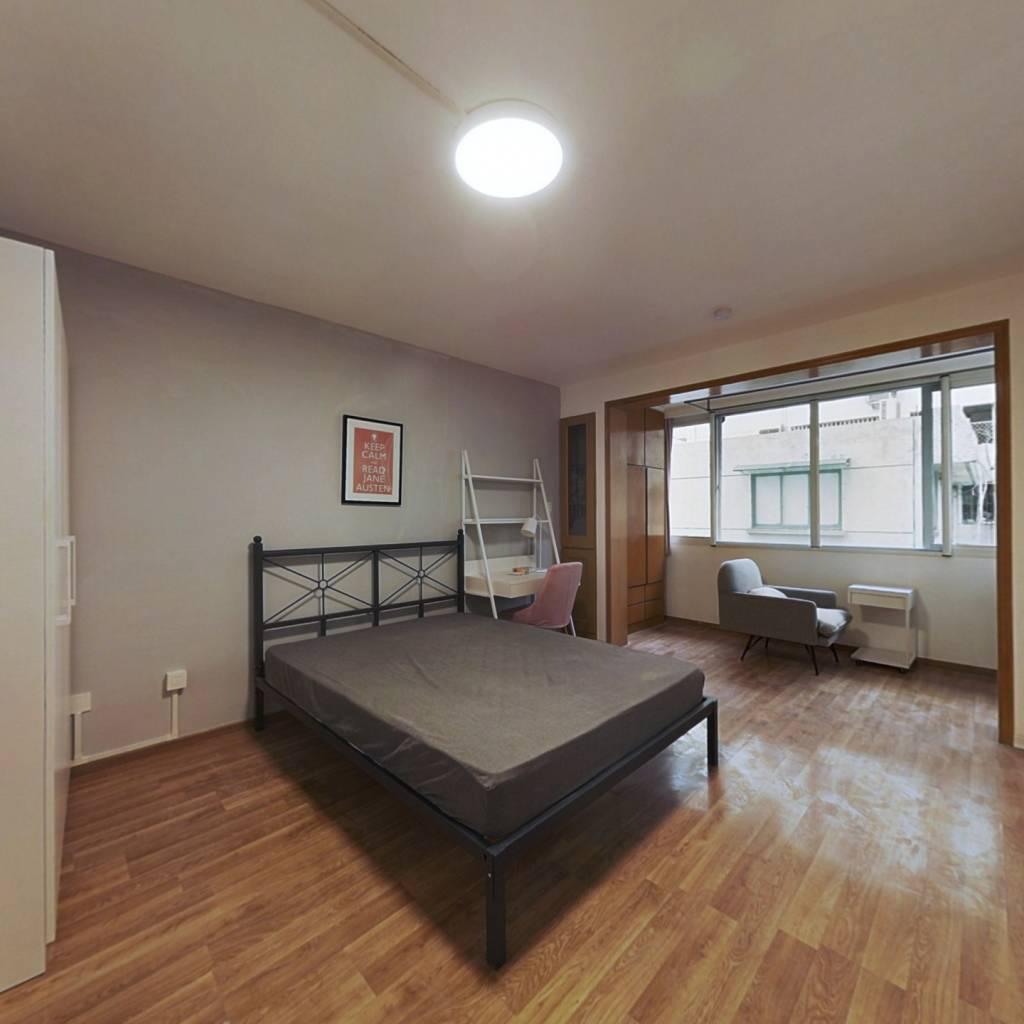 合租·胭脂新村 3室1厅 南卧室图