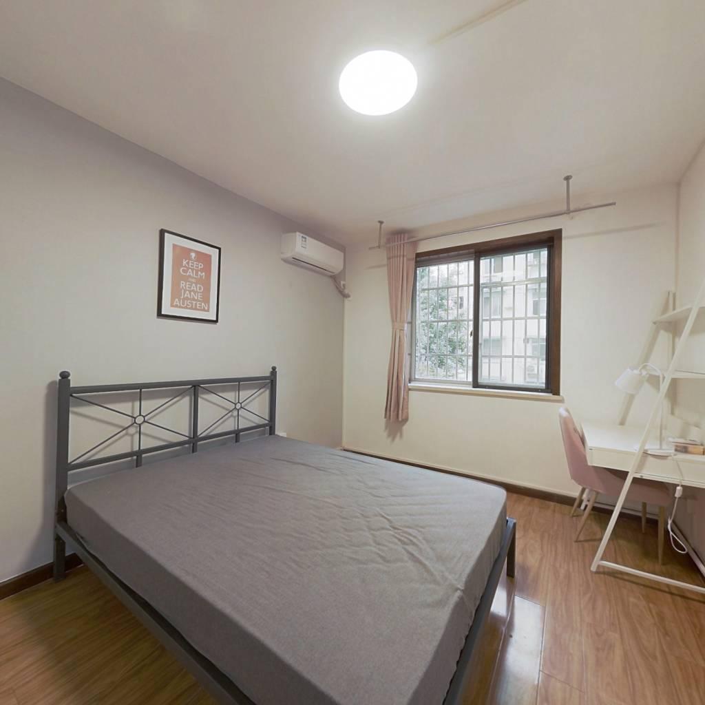 合租·古荡新村西区 3室1厅 东卧室图