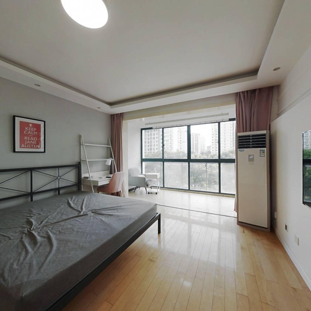 合租·意和家园 3室1厅 北卧室图