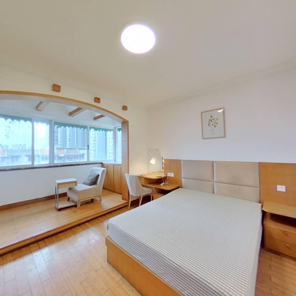 合租·金桔花园一期 3室1厅 东南卧室图