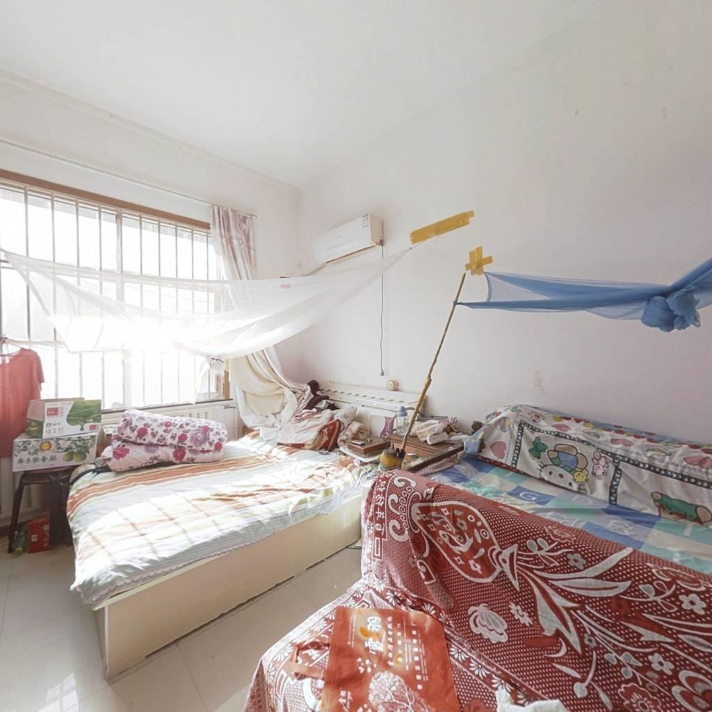 全优的生活配套  新世界花园小公寓