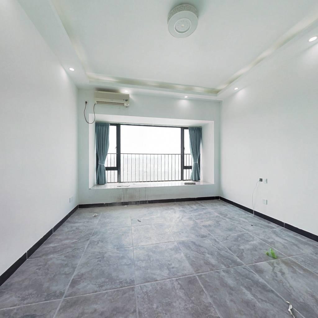 誉山国际中高层公寓诚意出售看房方便。