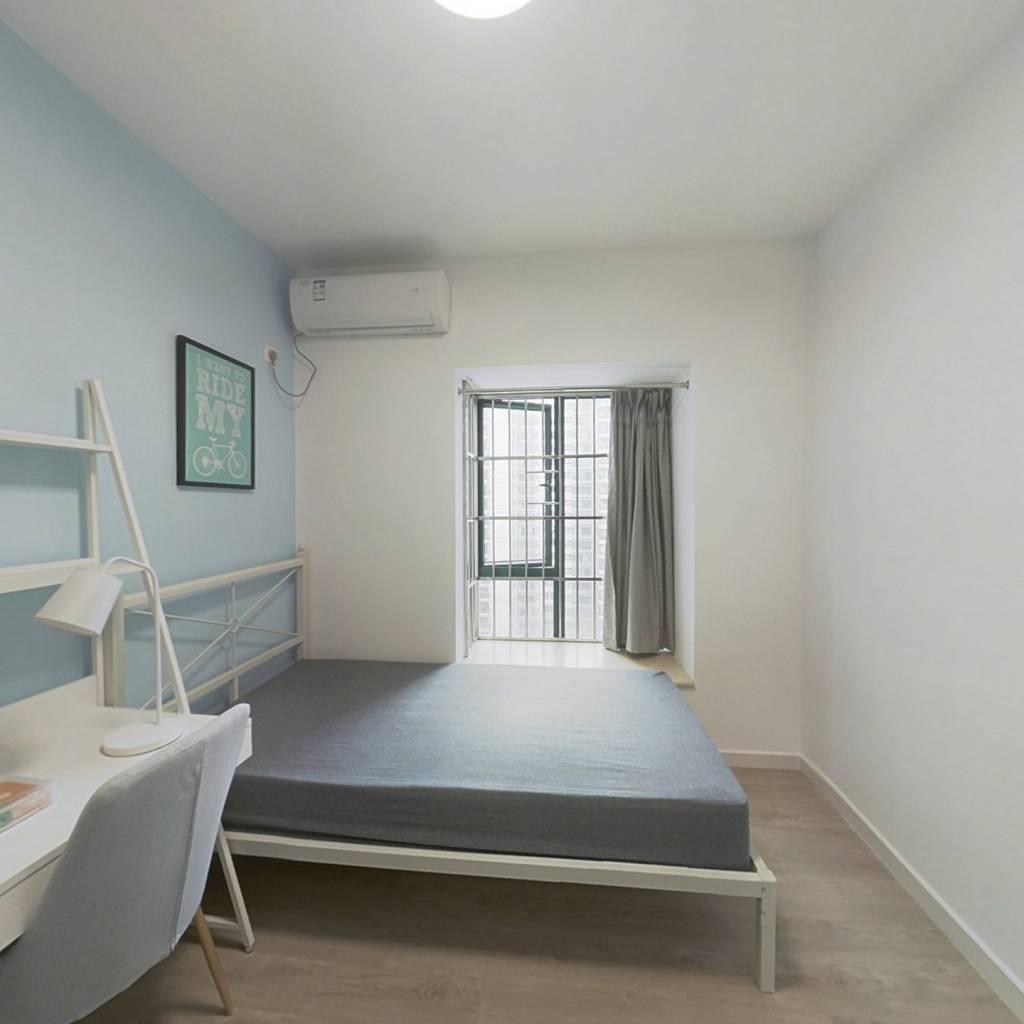 合租·西门口广场 3室1厅 南卧室图