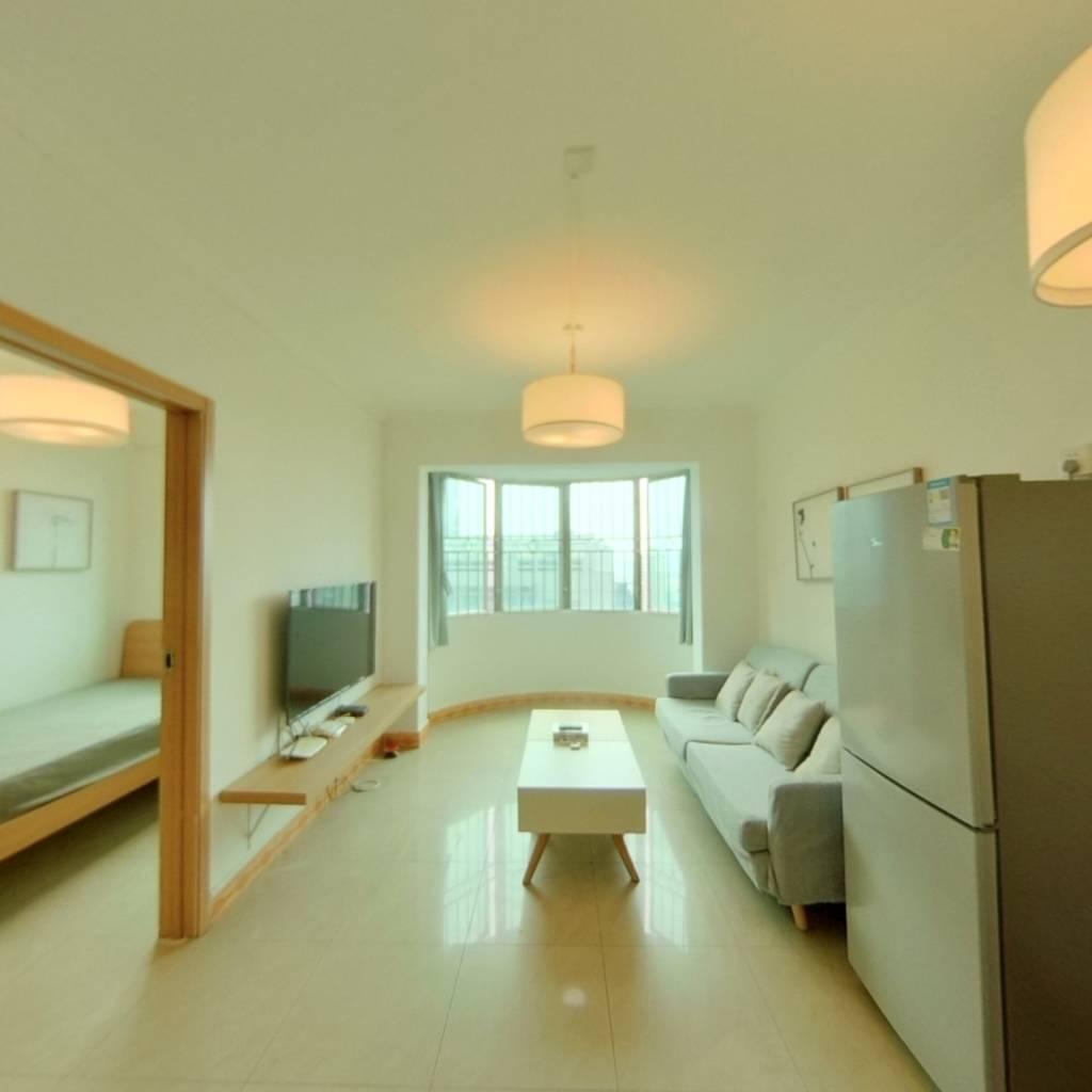 整租·阳光海景豪苑 2室1厅 西卧室图