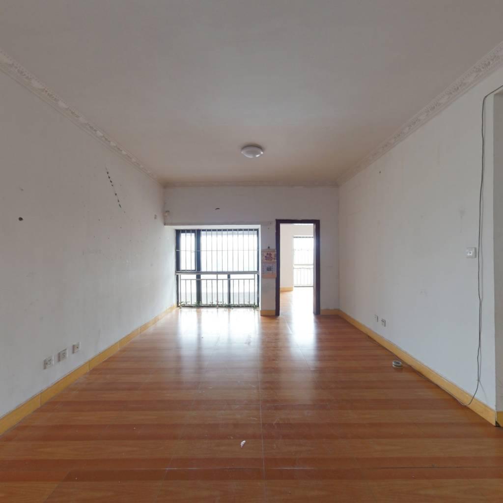 70年产权公寓,旁边14号坑梓站目前在建