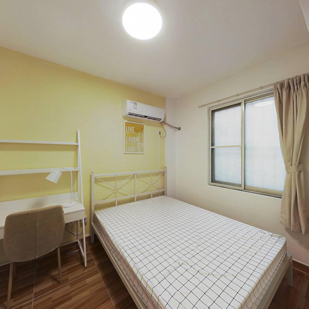 合租·如意花园 3室1厅 西南卧室图