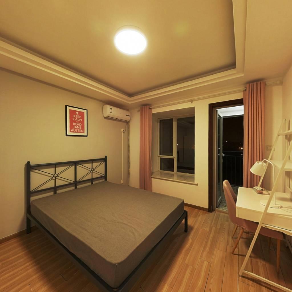 合租·武海中华锦绣 3室1厅 东南卧室图