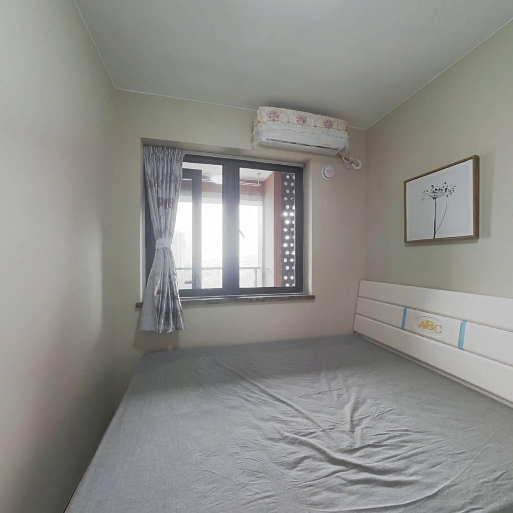 整租·万科时代广场 2室1厅 南卧室图