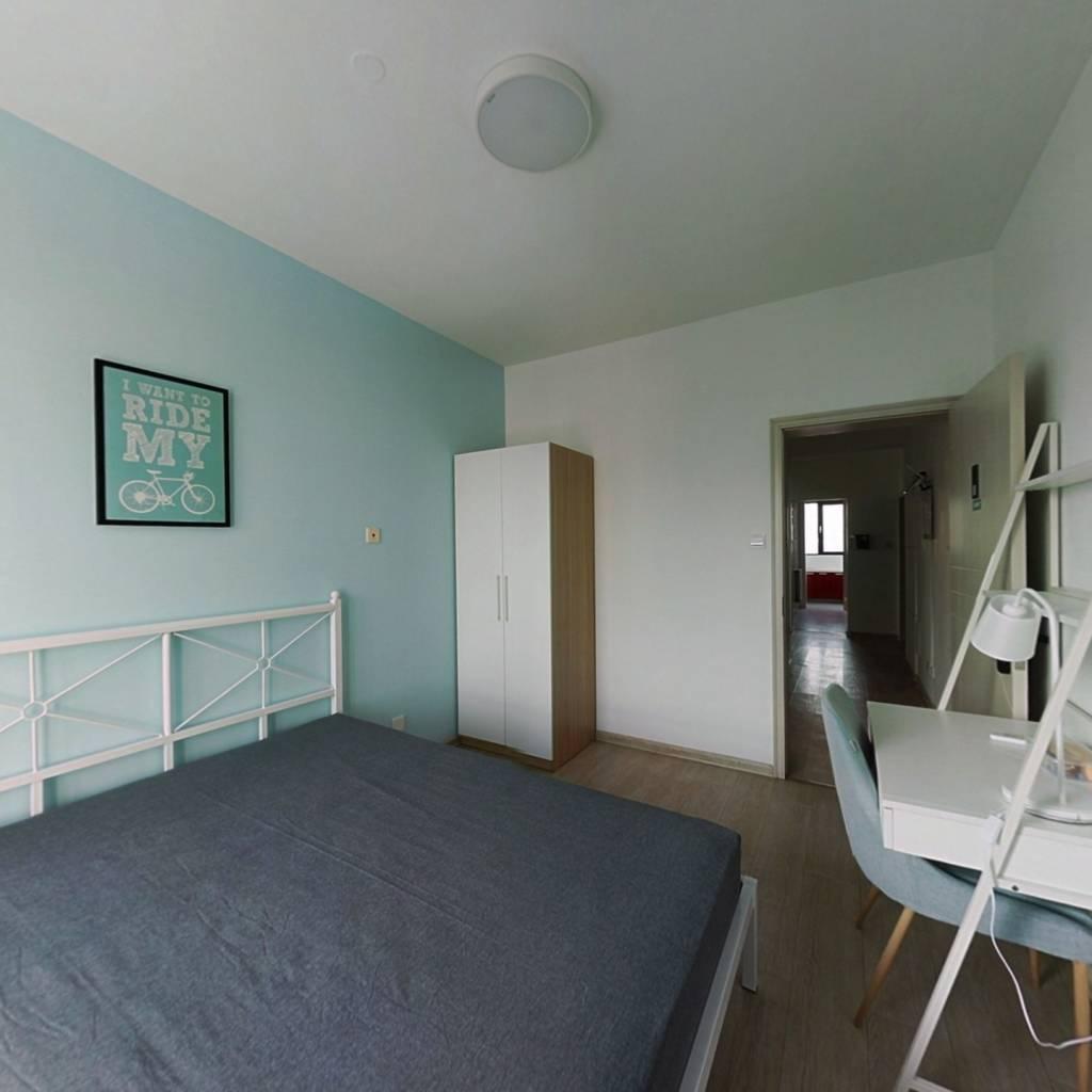 合租·春和仁居 3室1厅 南卧室图