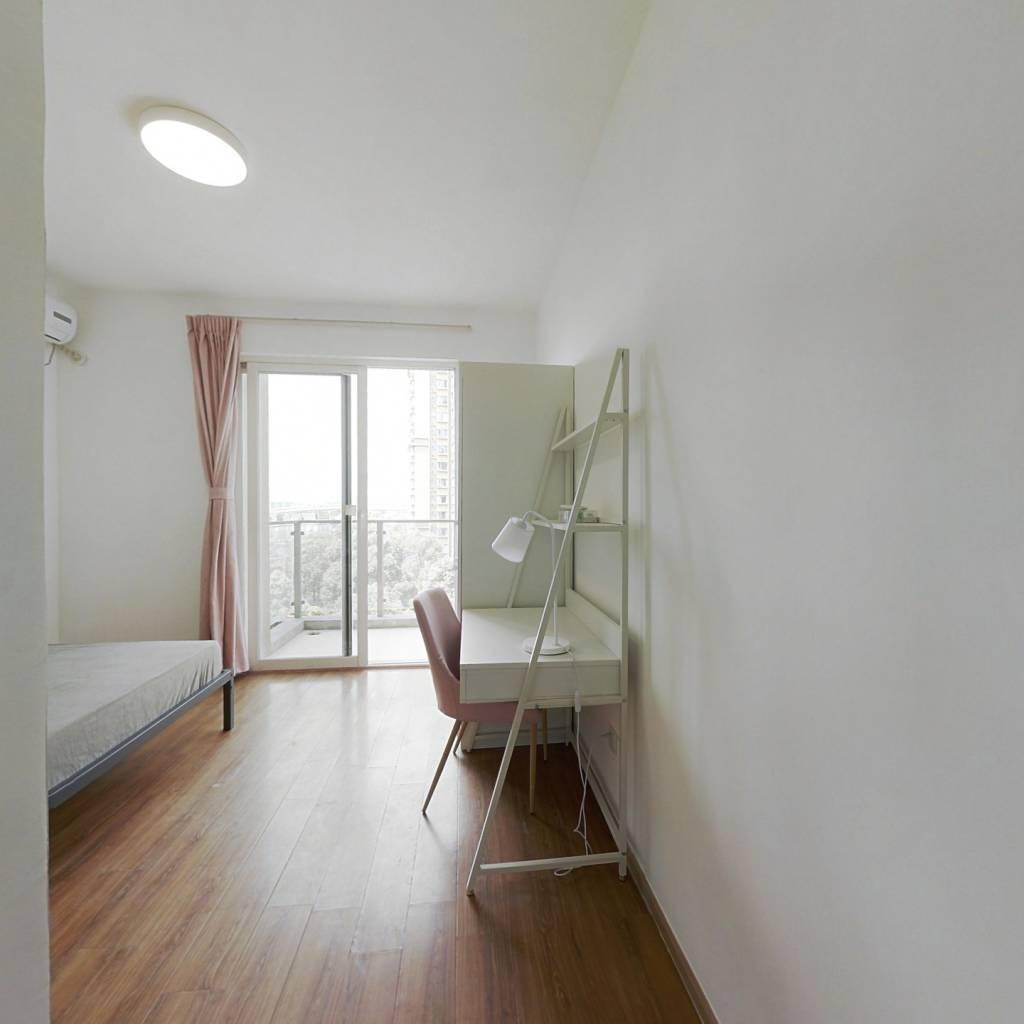 合租·南城都汇汇翠园一期 3室1厅 北卧室图