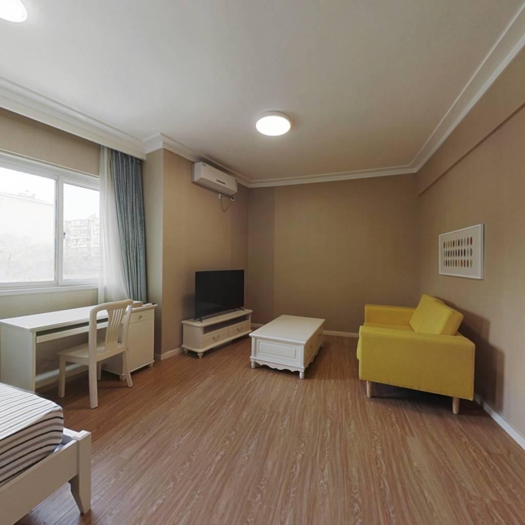 整租·复地新都荟 1室1厅 西卧室图